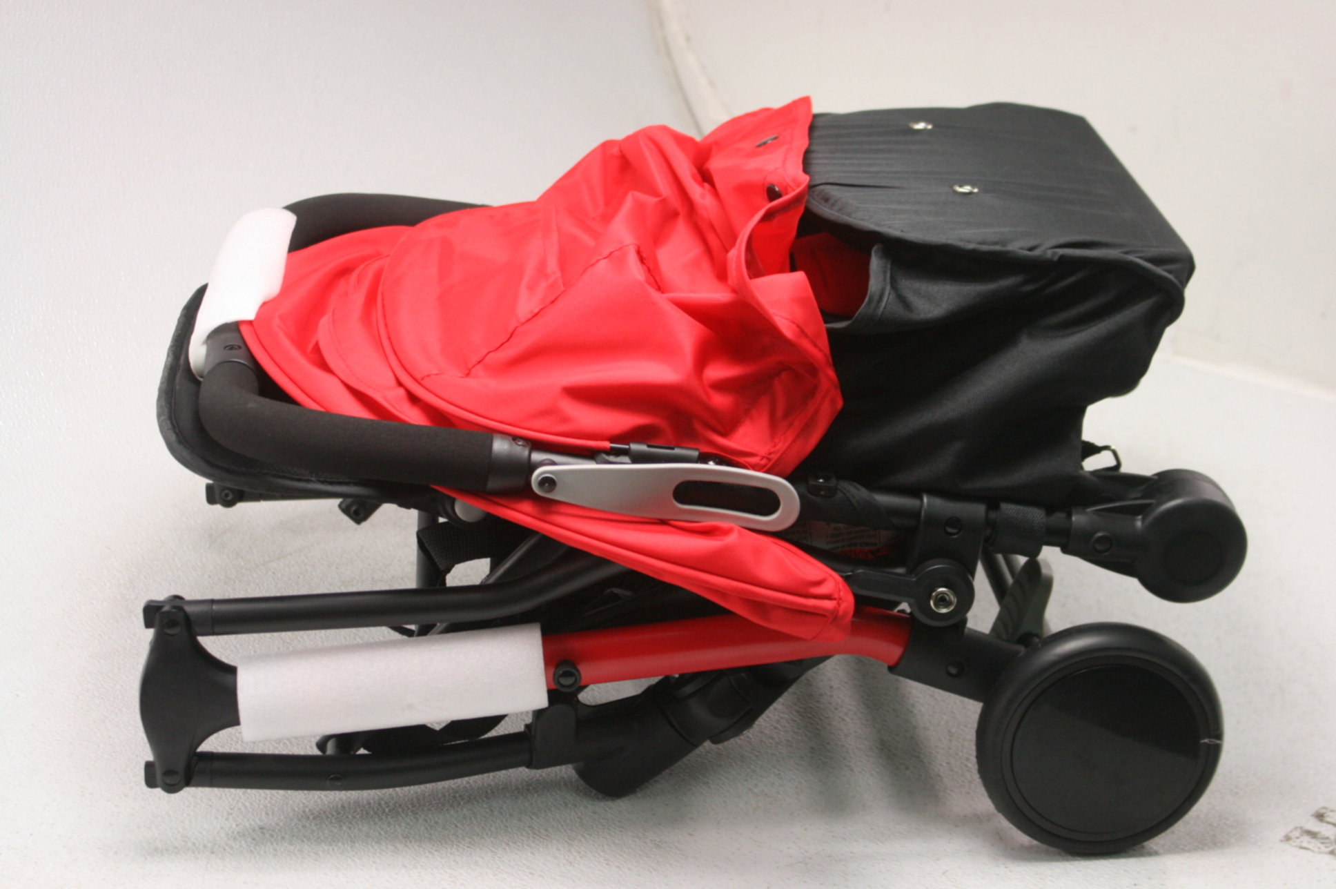 Baby Trend Tri Fold Mini Stroller Red Lightweight Multiple