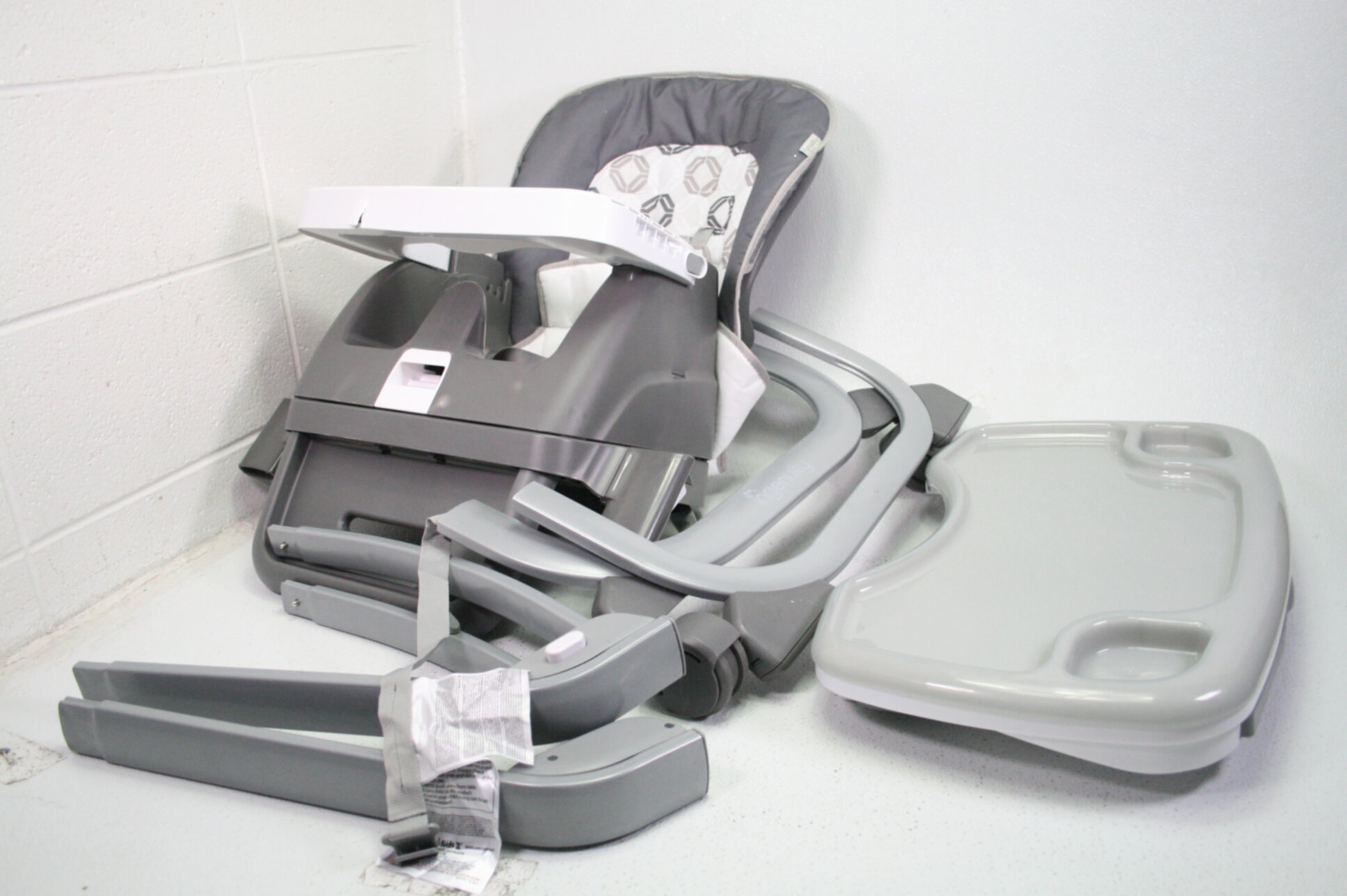 Ingenuity SmartServe 4-in-1 High Chair Toddler/Booster ...