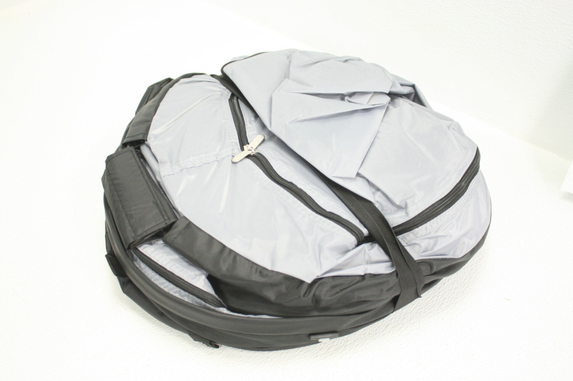 KidCo P4013 - Peapod Plus Portable Travel Bed Camo for