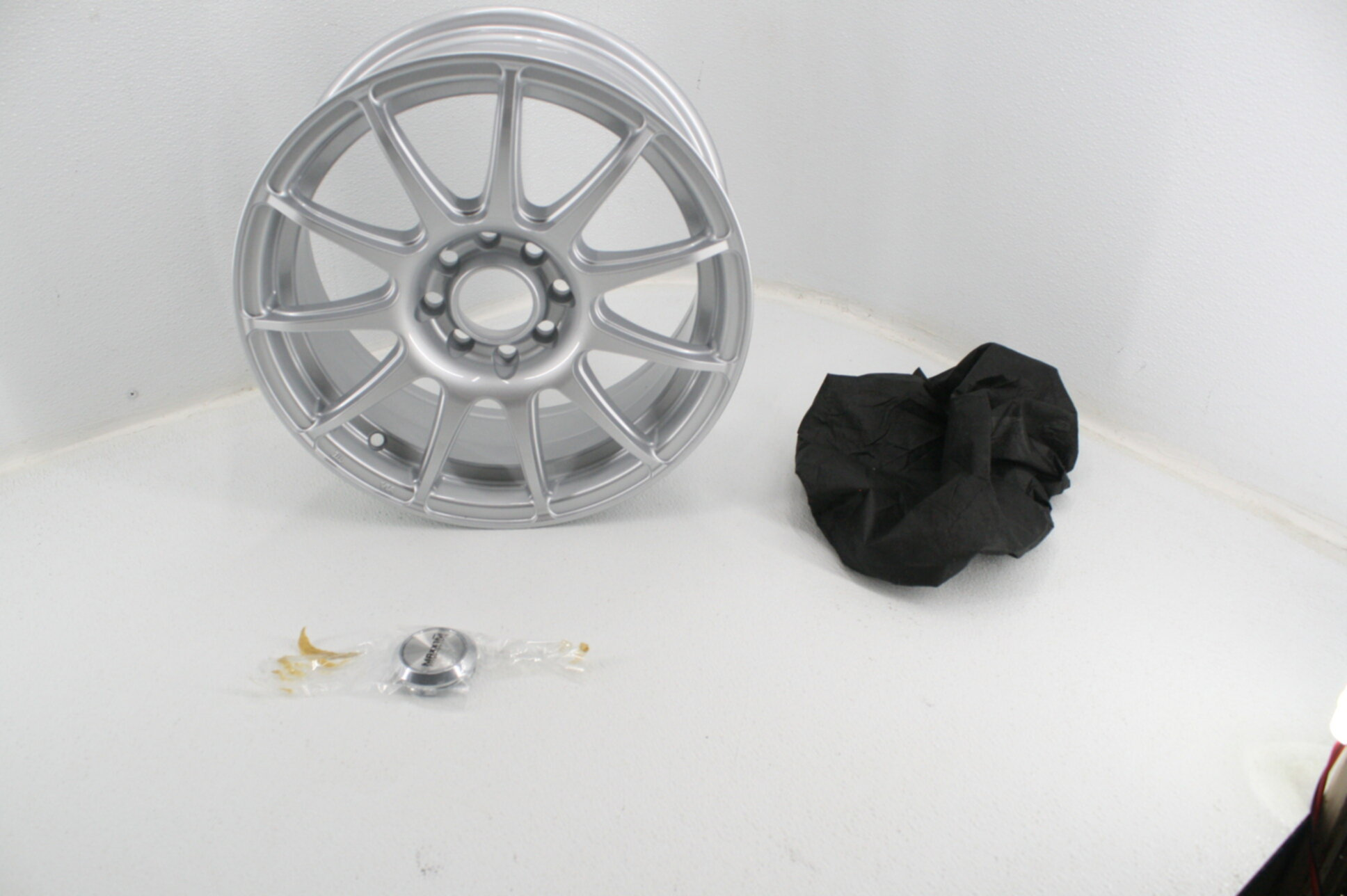 15 x 6.5 inches //4 x 100 mm, 38 mm Offset Maxxim WINNER Silver Wheel with Painted Finish